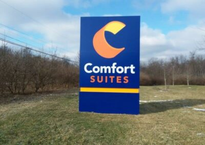 Comfort Suites Yard sign