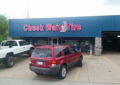 Chuck Wait Tire logo